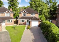 Detached House For Sale Gorselands Newbury Berkshire RG14