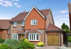 Detached House For Sale   Hampshire RG20