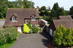 Detached House For Sale Shaw Newbury Berkshire RG14