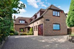 Detached House For Sale Cold Ash Thatcham Berkshire RG18