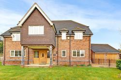 Detached House For Sale Hermitage Thatcham Berkshire RG18