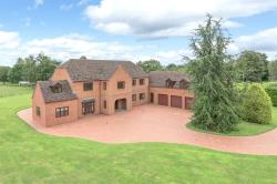 Detached House For Sale  Marden Herefordshire HR1
