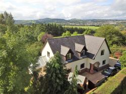 Detached House For Sale Leighton Welshpool Powys SY21