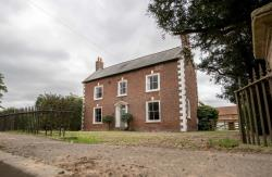 Detached House To Let Holbeach Spalding Lincolnshire PE12