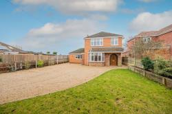 Detached House For Sale  Clenchwarton Norfolk PE34