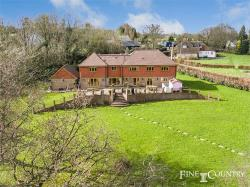 Detached House For Sale  Stansted Kent TN15