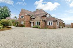 Detached House For Sale  Shorne Kent DA12