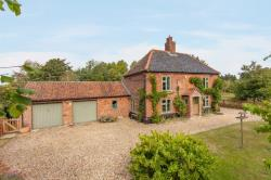 Detached House For Sale  Hackford Norfolk NR18