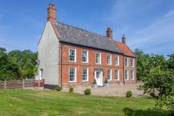 Detached House For Sale  Tasburgh Norfolk NR15