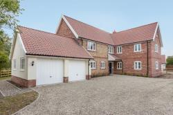 Detached House For Sale  Caston Norfolk NR17