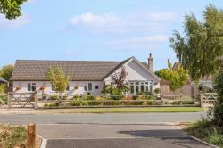 Detached Bungalow For Sale  Stoke Holy Cross Norfolk NR14