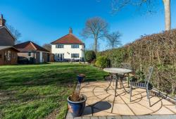 Detached House To Let  Thorpe Abbotts Norfolk IP21