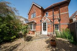 Detached House To Let  South Lopham Norfolk IP22