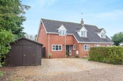 Detached House For Sale  Spooner Row Norfolk NR18