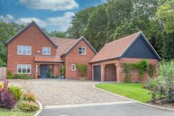 Detached House For Sale  Wreningham Norfolk NR16