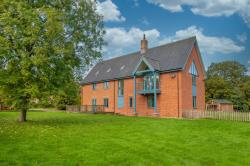 Detached House For Sale  Brundall Norfolk NR13