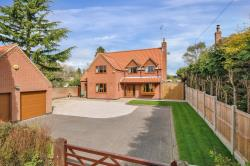 Detached House For Sale  Edwinstowe Nottinghamshire NG21