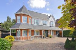 Detached House For Sale  Elstree Hertfordshire WD6