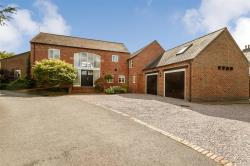 Detached House For Sale  Lutterworth Leicestershire LE17