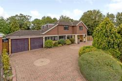 Detached House For Sale Essex  Essex RM11