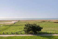 Detached House To Let Sea Front Hayling Island Hampshire PO11