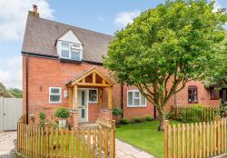 Semi Detached House For Sale Pebworth Stratford-Upon-Avon Warwickshire CV37