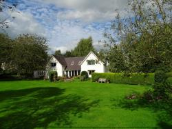 Detached House For Sale  Ruthin Denbighshire LL15