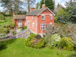 Detached House For Sale  Bromyard Herefordshire HR7