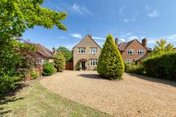 Detached House For Sale  Welwyn Hertfordshire AL6