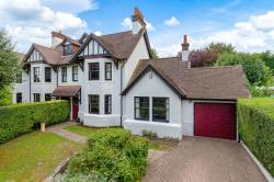 Semi Detached House For Sale Digswell Welwyn Hertfordshire AL6
