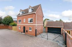 Detached House For Sale Dickens Heath Solihull West Midlands B90