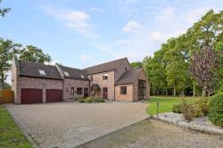 Detached House For Sale Beoley Redditch Worcestershire B98