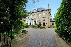 Detached House For Sale  Hessle East Riding of Yorkshire HU13