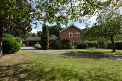 Detached House For Sale  Woodbridge Suffolk IP13
