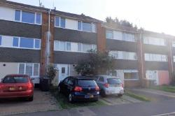 Flat To Let  Hart Hill Hertfordshire LU2