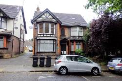 Flat To Let  Biscot Bedfordshire LU3