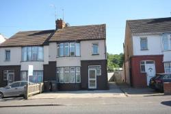 Semi Detached House To Let  Winsdon Hill Bedfordshire LU1