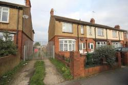 Terraced House To Let  Limbury Bedfordshire LU3