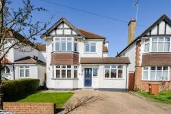 Detached House For Sale  Rickmansworth Buckinghamshire WD3