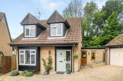 Detached House For Sale  Thatcham Berkshire RG18