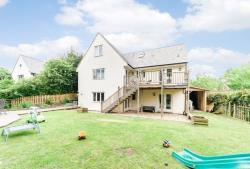 Detached House For Sale  Knighton Powys LD7