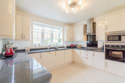 Flat For Sale Romsley Halesowen West Midlands B62