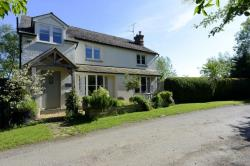 Detached House For Sale  Warwick Warwickshire CV35