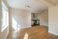 Detached House For Sale  Walton-on-thames Surrey KT12