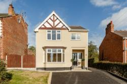 Detached House For Sale Loscoe Heanor Derbyshire DE75