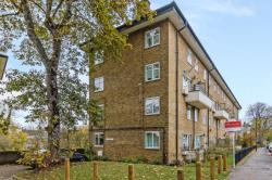 Flat For Sale  London Greater London SE3