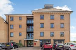 Flat For Sale Shortmead Street Biggleswade Bedfordshire SG18
