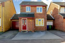 Detached House For Sale  Chafford Hundred Essex RM16