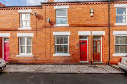 Terraced House For Sale  Chester Cheshire CH2