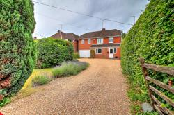 Detached House For Sale  Alton Hampshire GU34